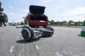 Fahrer sind einem Crash schutzlos ausgeliefert. © DEKRA