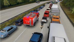 Hohes Bußgeld und drohende Fahrverbote sollen die Rettungsgasse künftig frei machen ... © DEGENER